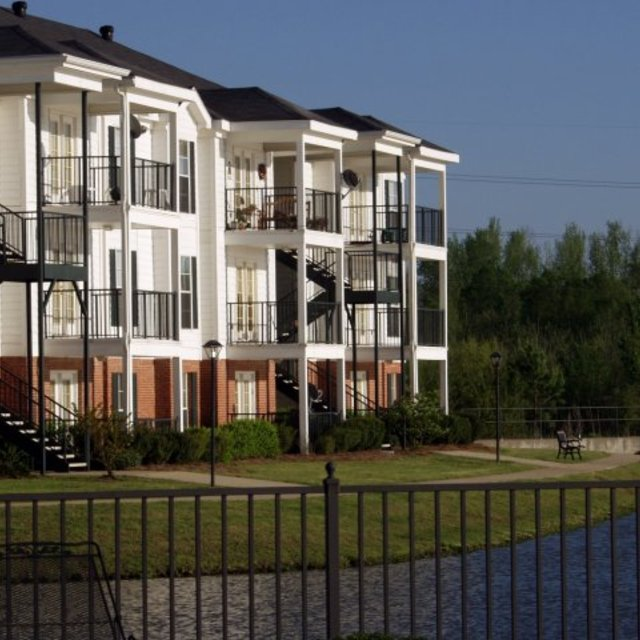Windsor Lake Apartments, Brandon, MS - Location 4