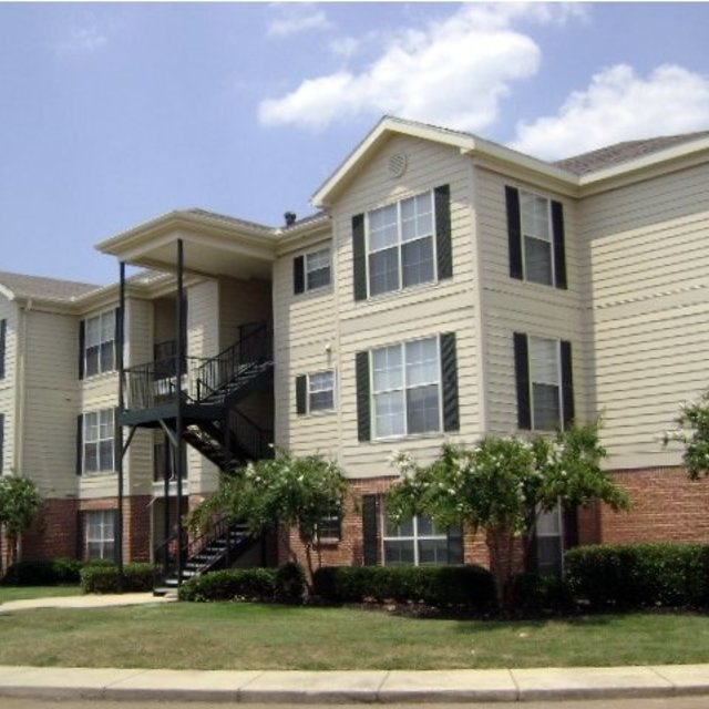 Windsor Lake Apartments, Brandon, MS - Apartments Rankin School District 2