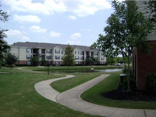 Windsor Lake Apartments, Brandon, MS - Customer Service